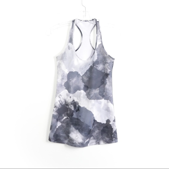 Lululemon tie-dye gray abstract print yoga fitness